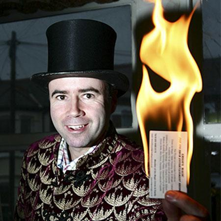 Simon Rosselli - Magician