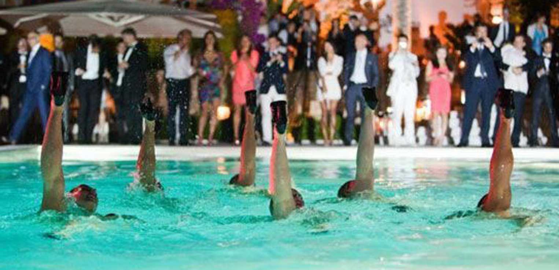 Aquababes Make A Splash In Dubai!