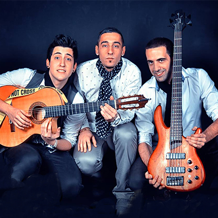 Los Desmadraos - Rumba Band