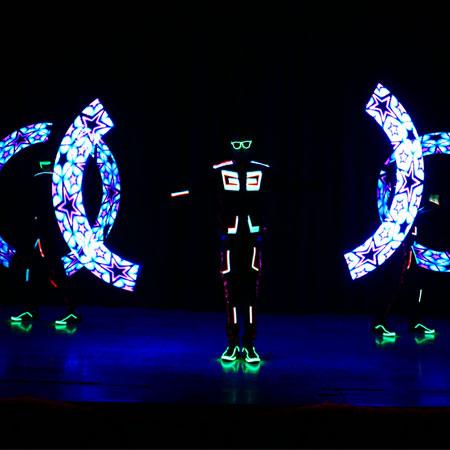 Skeleton Dance Crew - Visual Poi Act