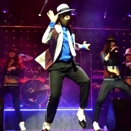 Michael Jackson Impersonator Mike Jack