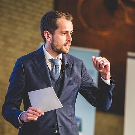 Nathan de Groot - Dutch Moderator, Presenter and Event Facilitator