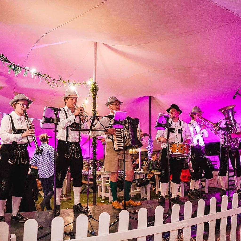 Prostbusters - Oktoberfest Band