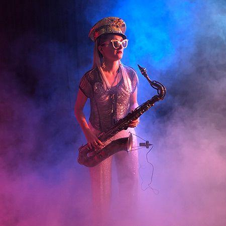 Katy Jungmann Saxophonist