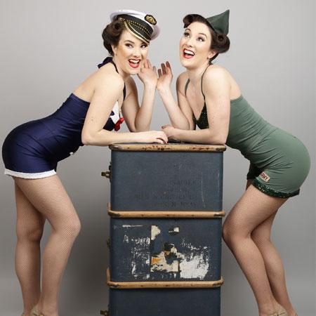 The Twin Swing - 1940s Swing Dancers