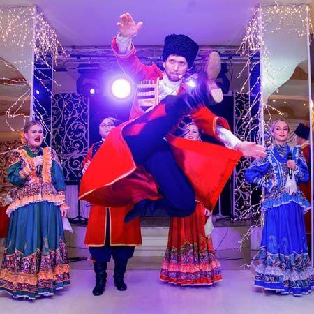 Lubo-Milo - Russian Cossack Dancers