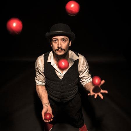 Justin Wood Circus - Juggler
