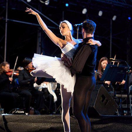Sophie Adams Ballet Company - Swan Lake