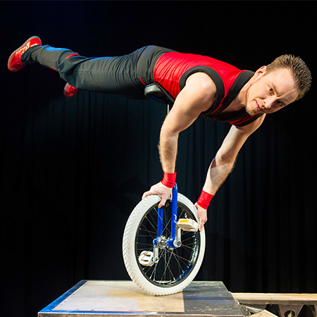 Paul Chen - Unicycle Show
