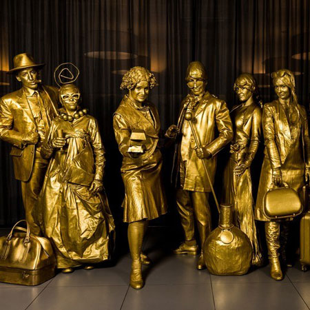 Lutrek Statues - Live a Golden Life