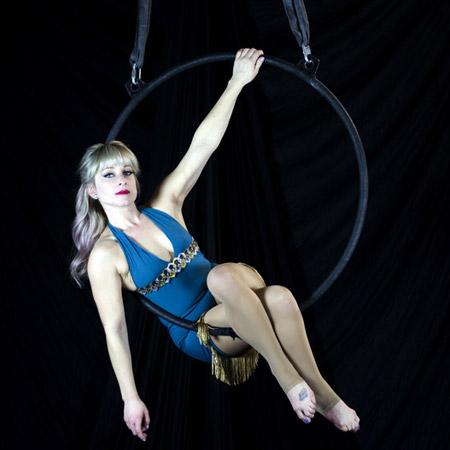 Siena Moon - Aerial act