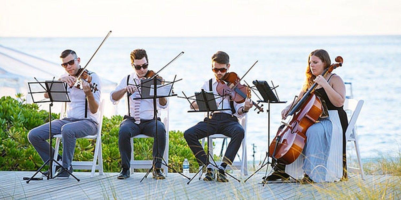 String Quartet Set The Mood At Tropical Wedding