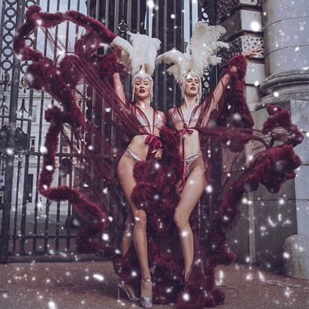 J'adore La Vie - Christmas Burlesque Acts
