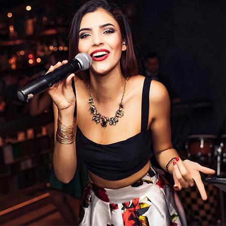 Nati Boulier - Female Singer