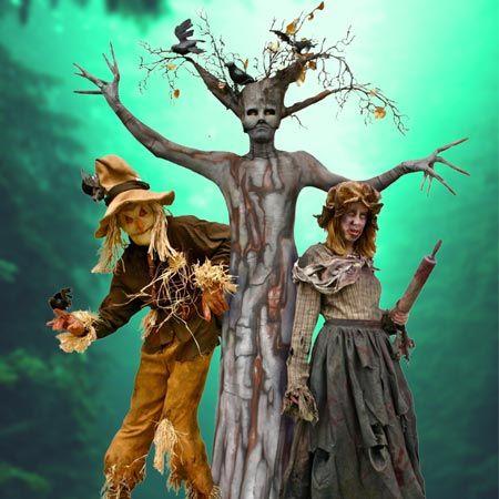 Spooky Halloween Walkabouts