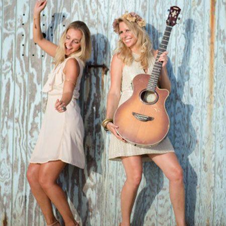 Oh La La - Acoustic Duo