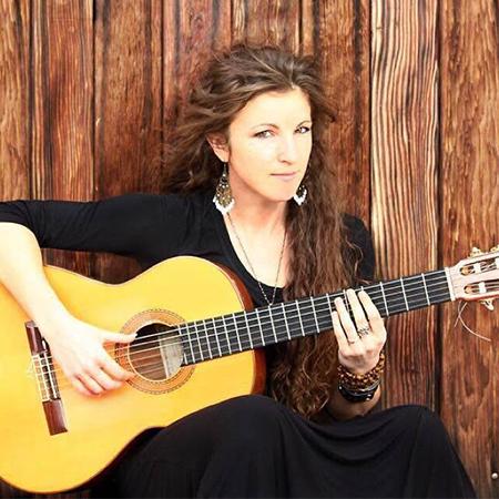 Kati Golenko - Female flamenco guitarist
