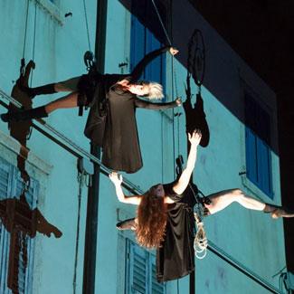 Il Posto - Aerial Dance Video Mapping