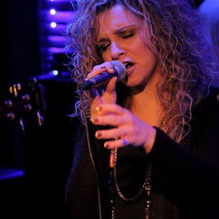 Sotiria Kollia - Female Singer