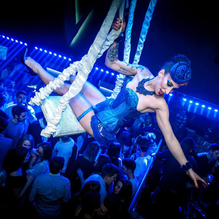 Les Capricieuses - Aerial Showgirls