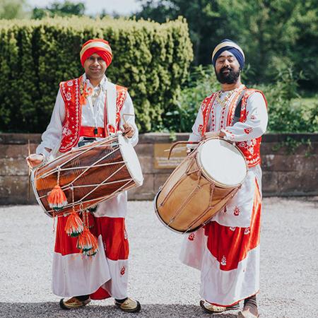Apnabeat - Dhol Drummer and Dancers