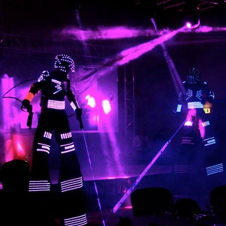 Weare Fire Storm - LED Robot