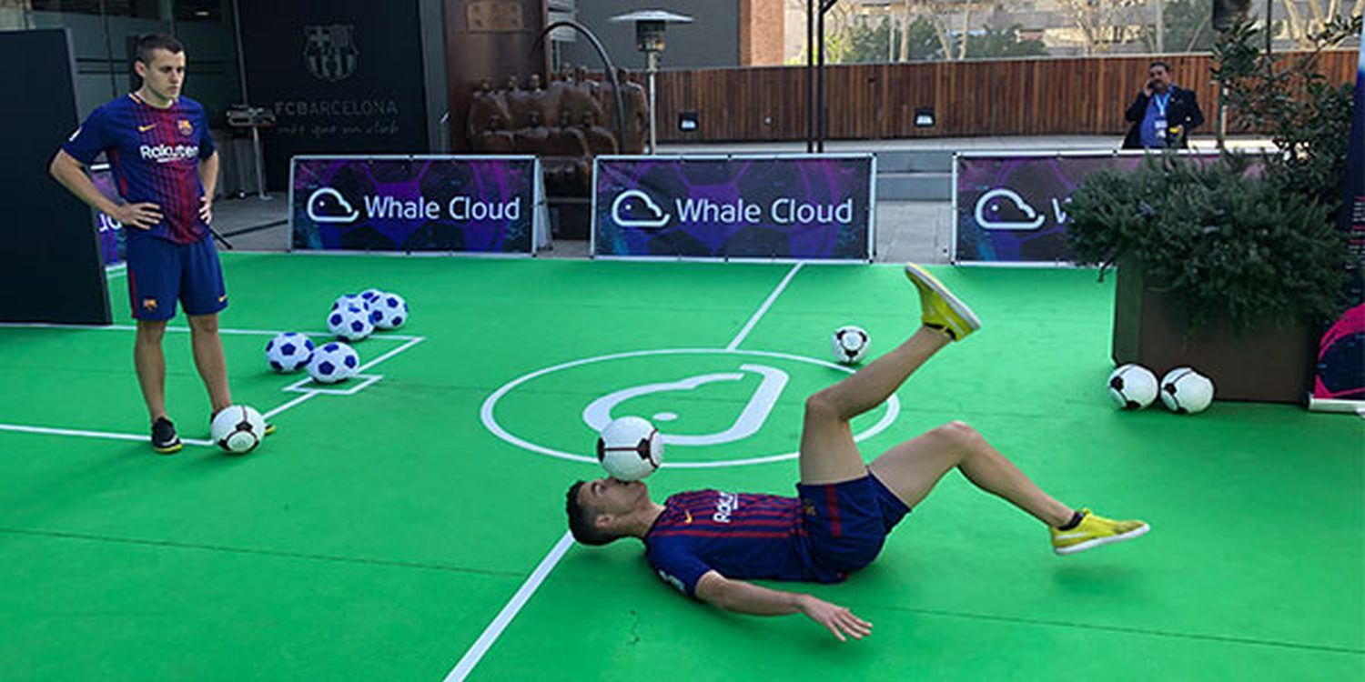 Football Tricksters Energise Attendees At The MWC