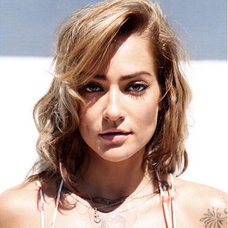 Angelina Roz - Female Singer