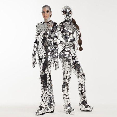 EEI Shows - Mirror Dancers