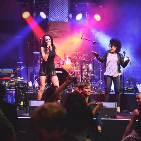 Vanessa Iraci and Band