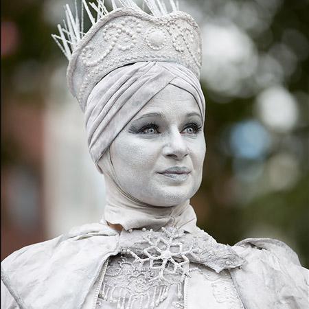 Lutrek Statues - Snow Queen
