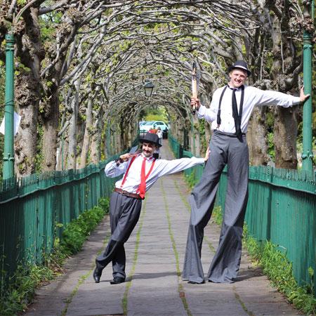The Two Gentlemen - Stilt Walkers