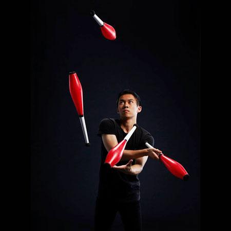 World Class Juggler - Kenny Cheung