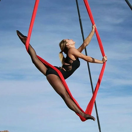 Cirque Mirage - Aerial silks and Hammock