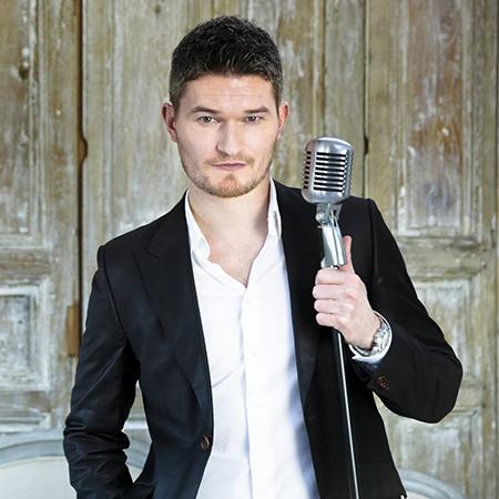 Chanteur Privé - Acoustic Singer & Guitarist