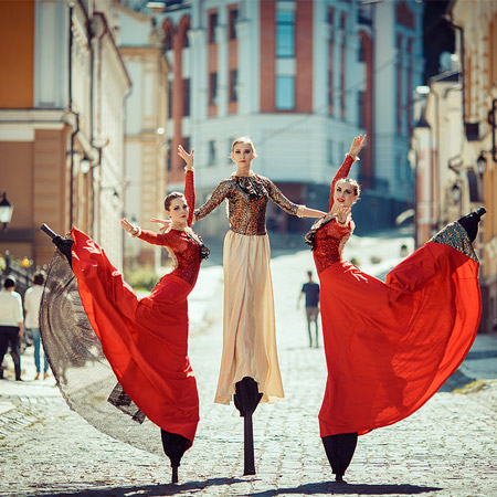 Liumanov Show - Theatre On Stilts
