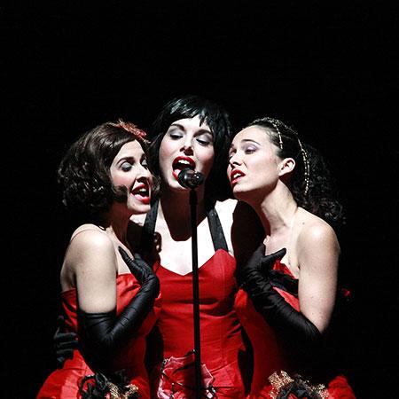 Divinas - Sing! Sing! Sing!
