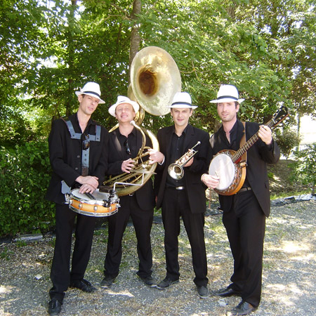 The New Swing Band