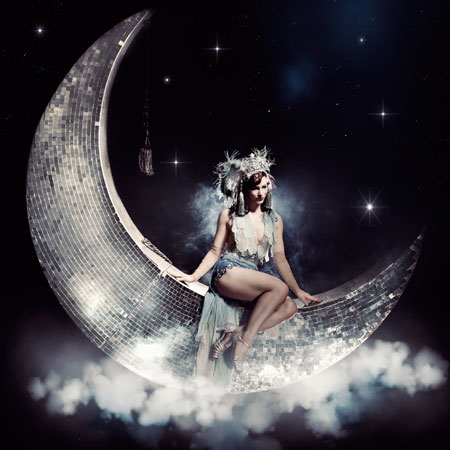 Vicky Butterfly - The Mirrored Moon