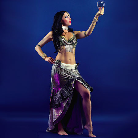 Yanika Beliza - Contact Juggling Belly Dance