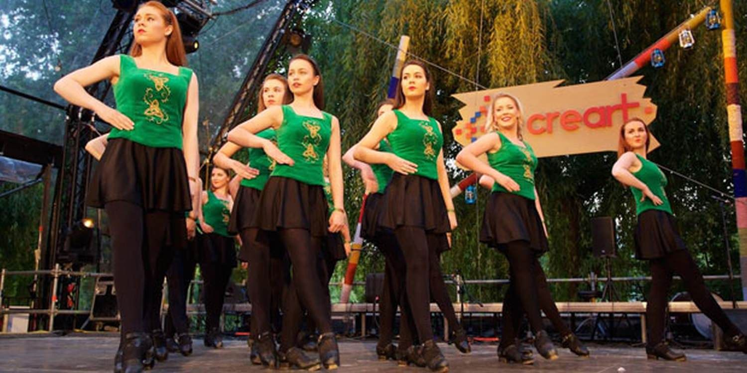 Irish Dancers Bring Celtic Entertainment To Bucharest Festival