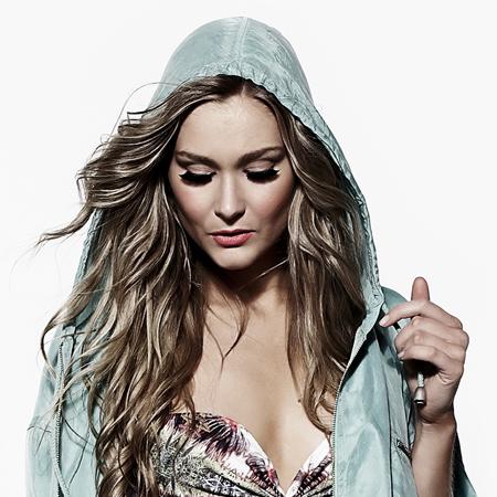 Sarah Lawrence - DJ