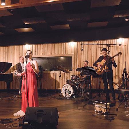 Emerald Music - Jazz Pop Band