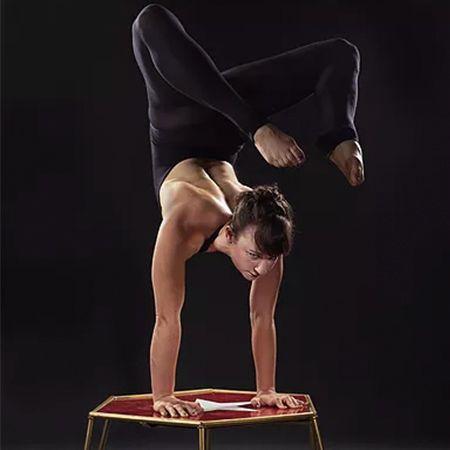 Anna Kaye - Hand Balancing on Canes