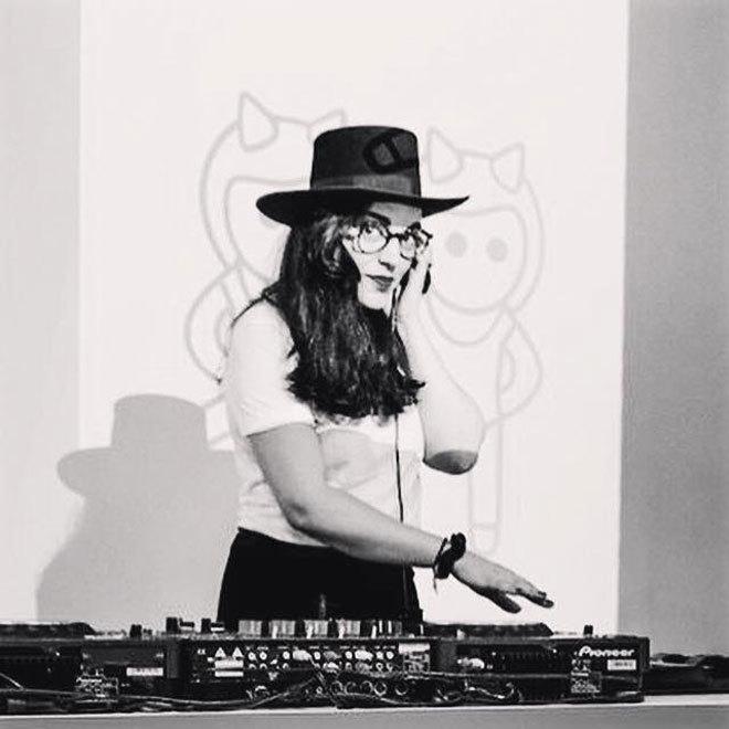 Moomba Dj  - Female DJ