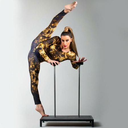 Alice Capitani - Handbalancing