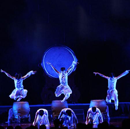 Shanghai GuHun Percussion Ensemble (Drum Show)
