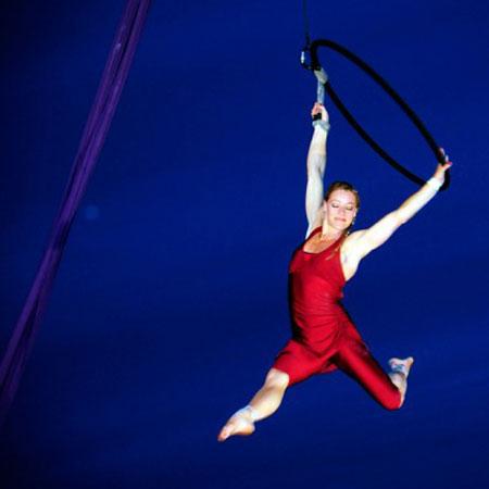 Bencha Theatre - Aerial Hoop