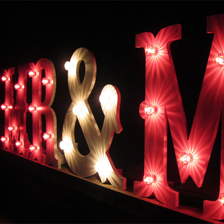 The Prop Boutique - Light Up Letters/Numbers
