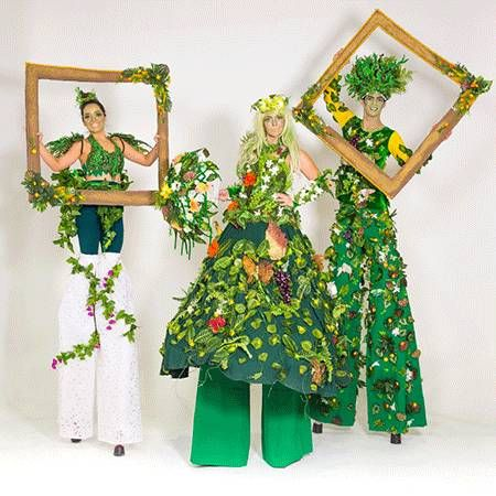 Tree Stilt Performers - In House Productions